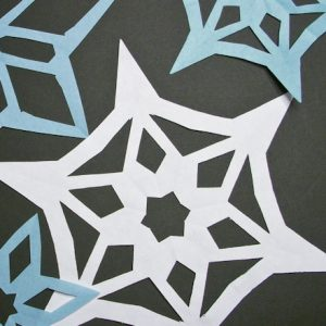 paper cuts patterns snowflakes